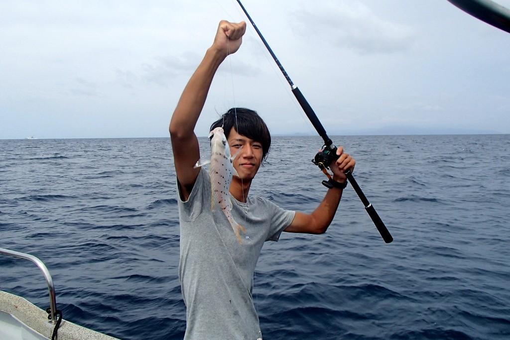 釣りで白タイGET!