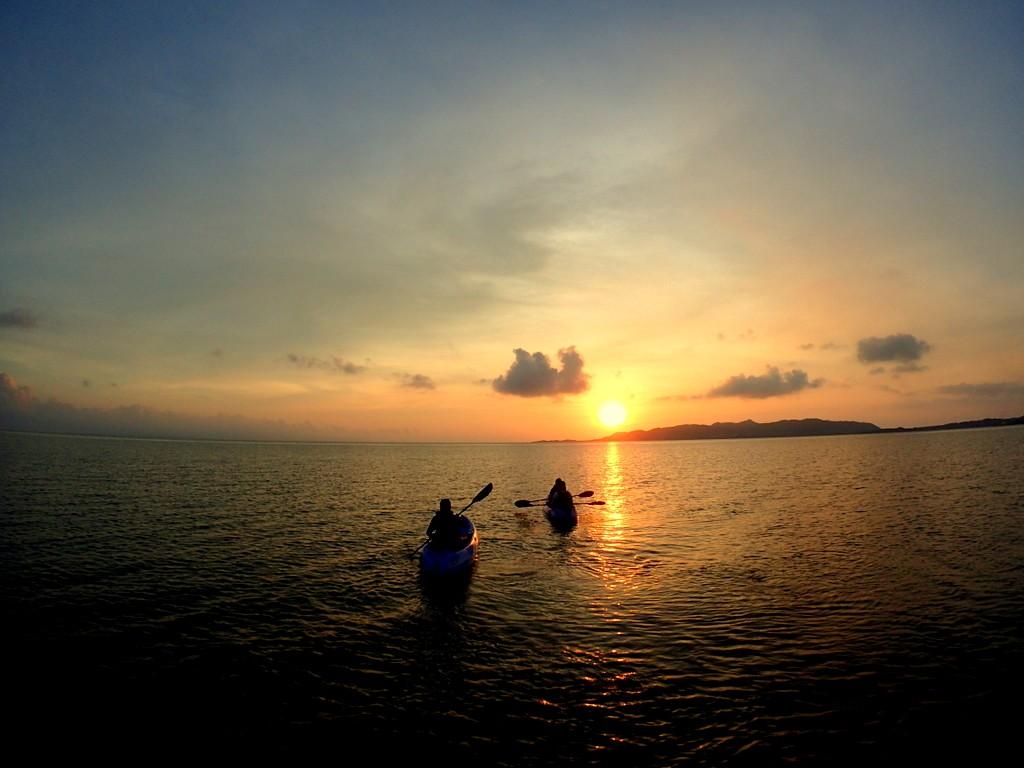 夕日とカヤック(カヌー)